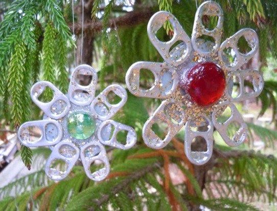 Top Things You Can Recycle Into Christmas Tree Decorations Recycled Christmas Tree How To Make Ornaments Recycled Christmas Decorations