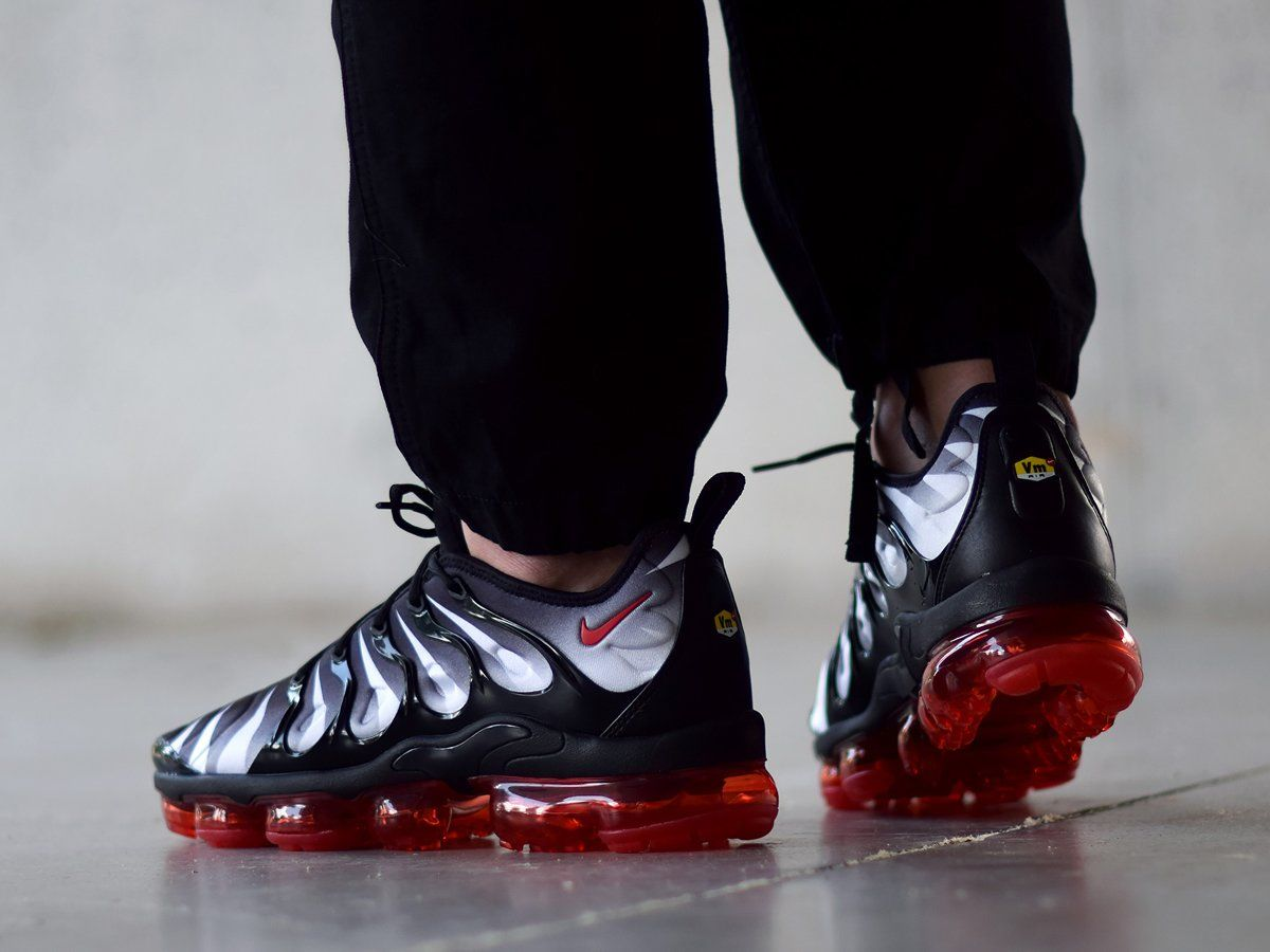 pre order large discount preview of Men's Nike Air VaporMax Plus Black/Speed Red in 2019 | Nike ...