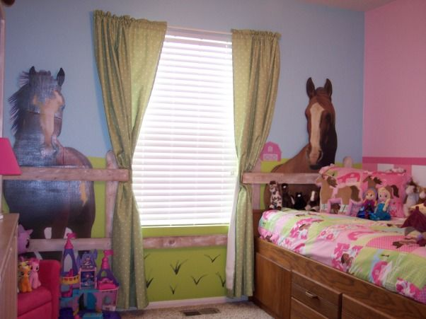 My daughters horse themed bedroom paetyns bedroom ideas for Girl themed bedroom ideas