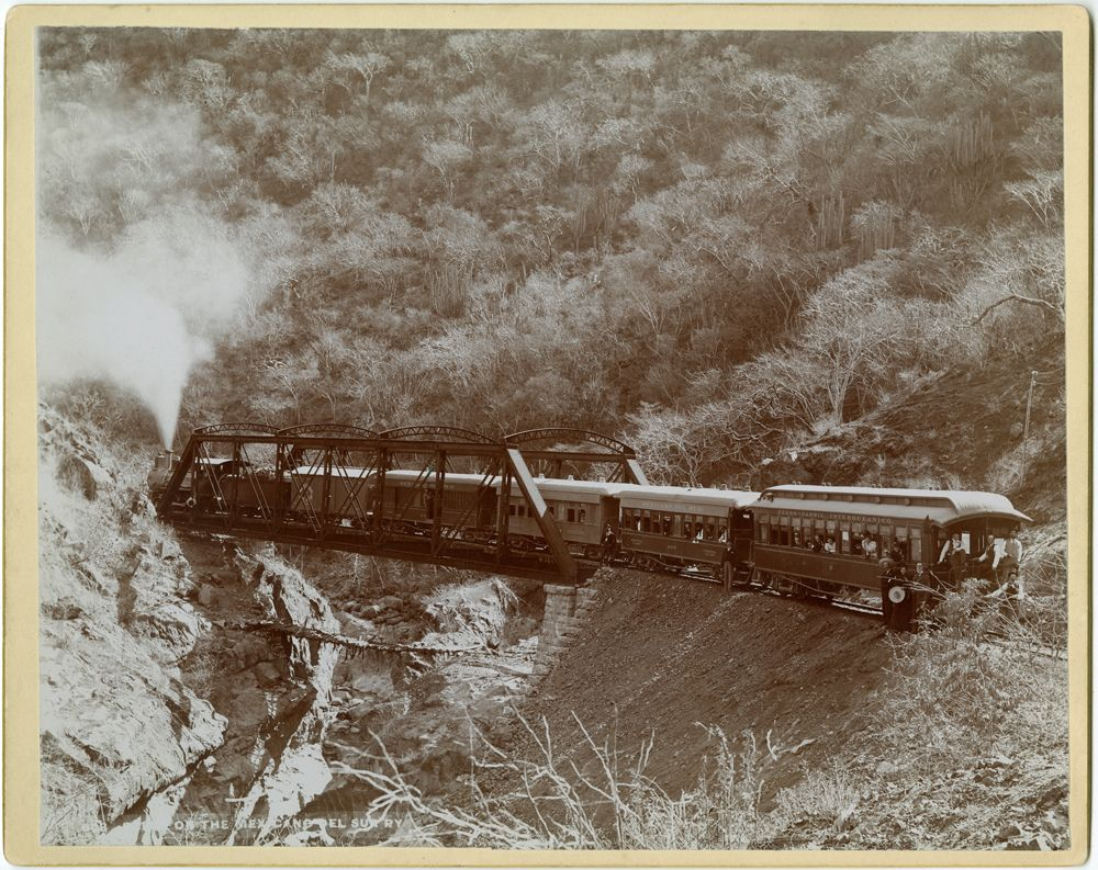 Scene on the Mexican del Sur Railway | Flickr - Photo Sharing!