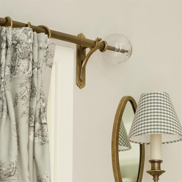 25mm Reeded Brass Pole In Antiqued Brass Curtain Poles Finials