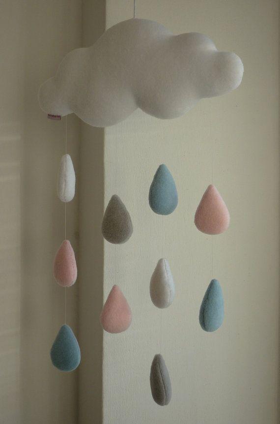 Nuage de pluie mobile décoratif bébé