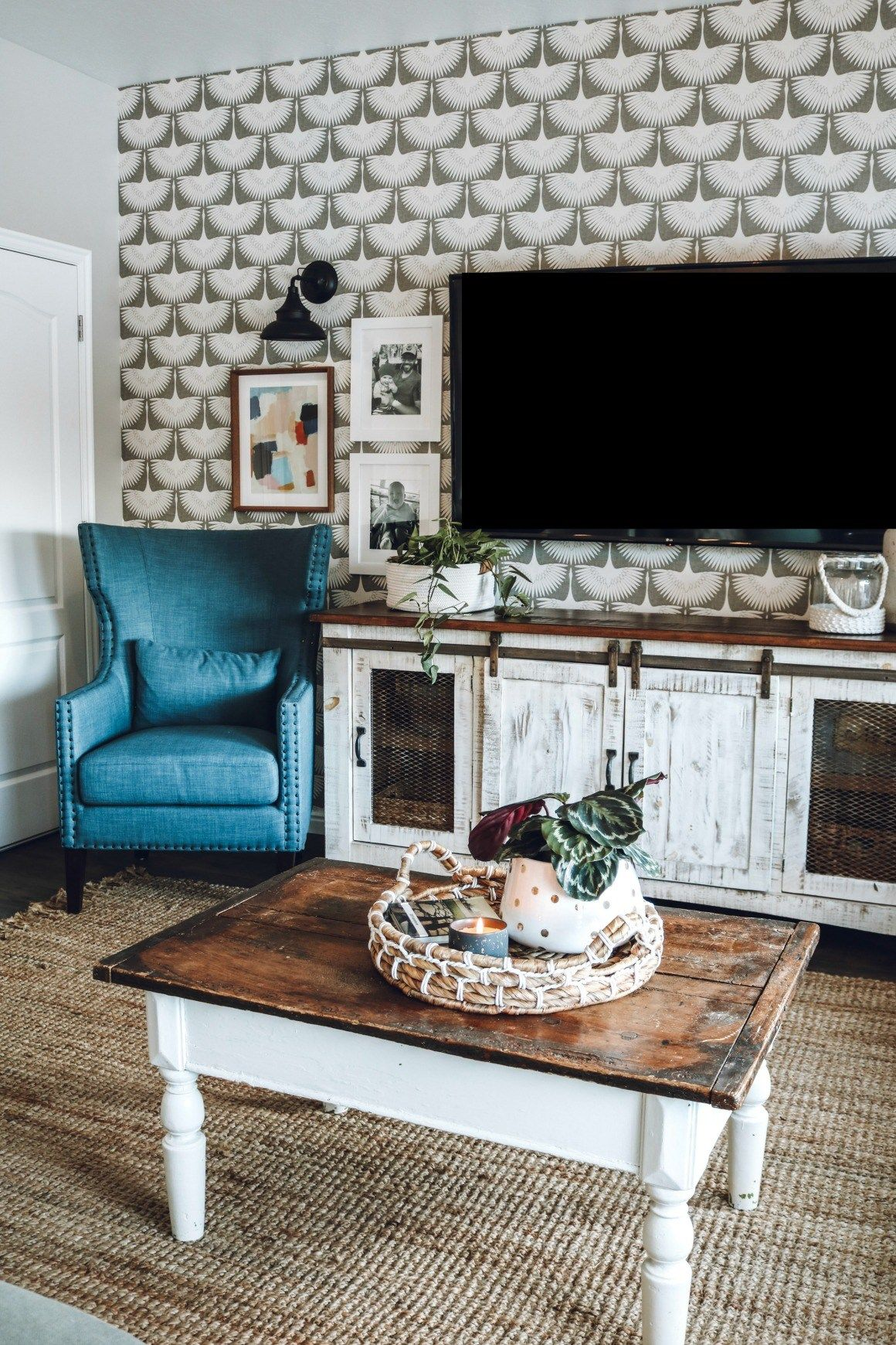 Family Room Makeover with Nesting with Grace: Beautiful living room makeover with a fun neutral wallpaper pattern, whitewashed furniture, and punches of ...