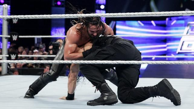 Seth Rollins vs. Roman Reigns: fotos | WWE.com