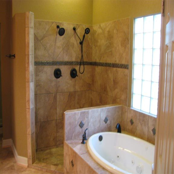 Jacuzzi tub with shower- this would work perfect in my ...