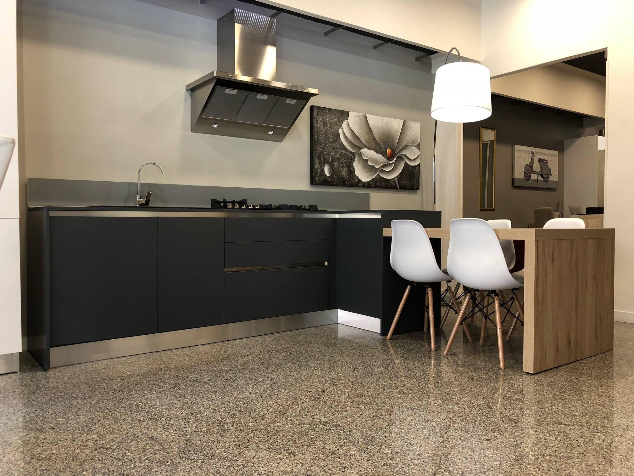 Da em decor arreda spazio design puoi trovare gicinque cucine