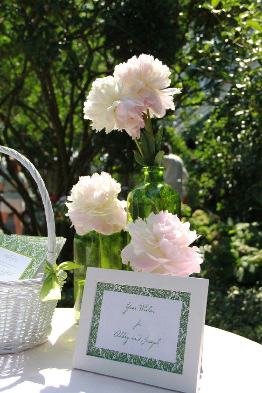 Floral & Event Design: Engaging Events, LLC - http://www.stylemepretty.com/portfolio/engagagingevents Photography: Liz Duren Photography - lizduren.com/   Read More on SMP: http://www.stylemepretty.com/2011/12/22/charleston-wedding-from-engaging-events-liz-duren-photography/