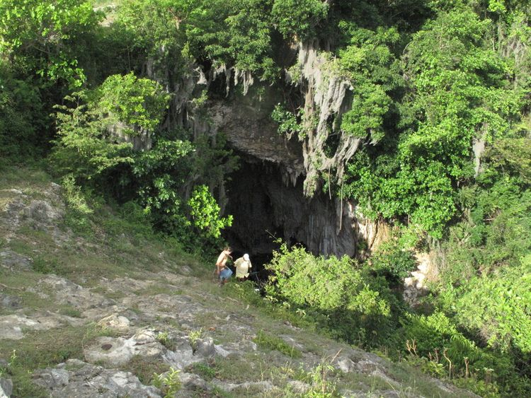 Curtis Rogers generously shared these photos of the cave at La Croix, south of Port de Paix.  Apparently, there were no pre-Columbian relics left in the cave, but it is used as a site of worship (both situations similar to other caves across Haiti).