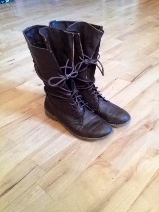 Mein Lässige Stiefel zum Schnüren in braun von New Yorker! Größe 40 für  8,00 €. e62cb14c89