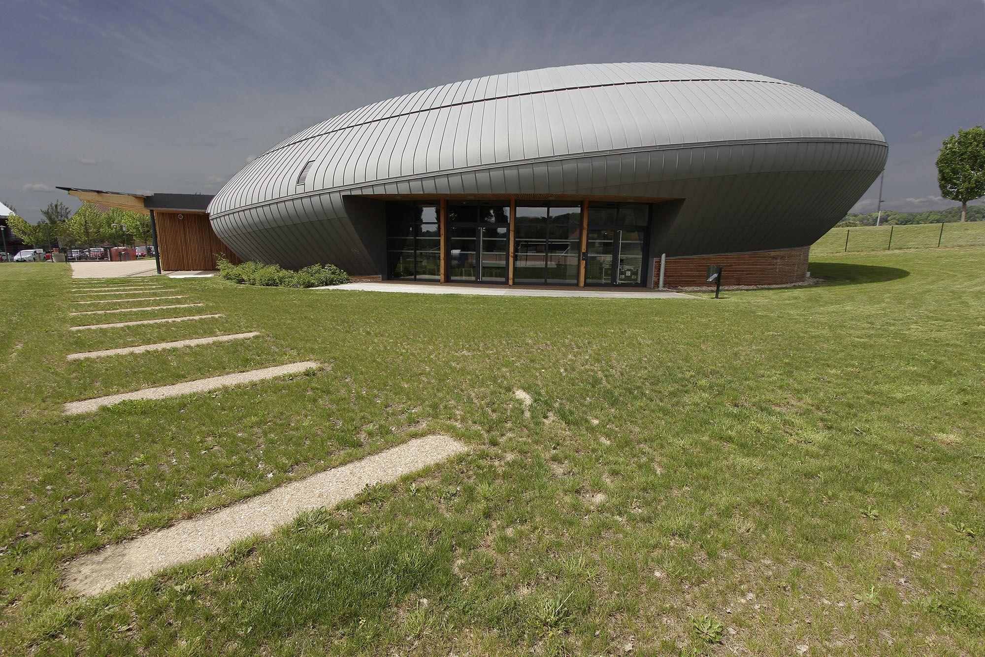 """Le Galet - Reyrieux - Exposition """"Prises de vues points de vue : 25 ans d'architecture publique dans l'Ain"""""""