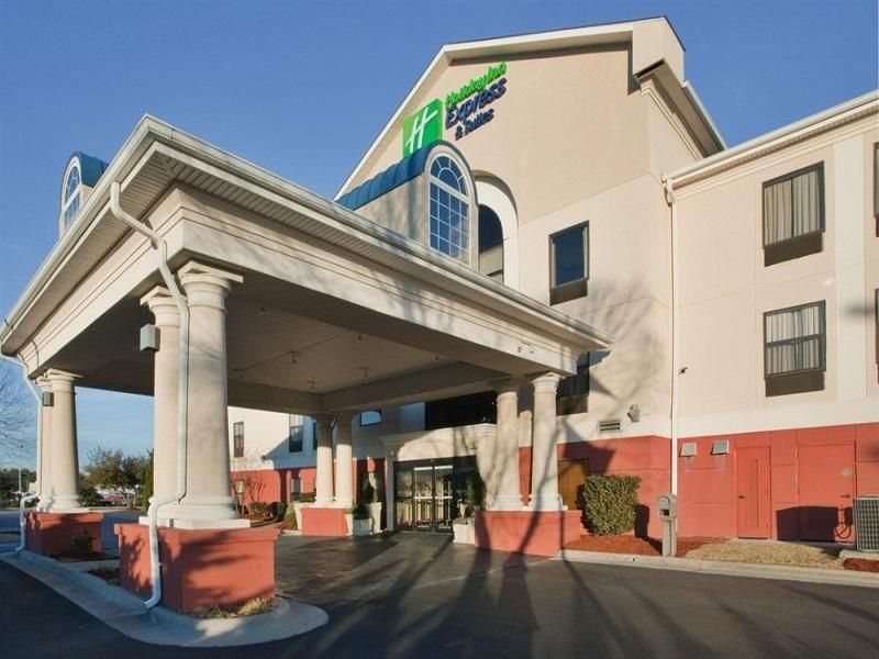 Laurinburg Nc Holiday Inn Express Hotel Suites United States North America