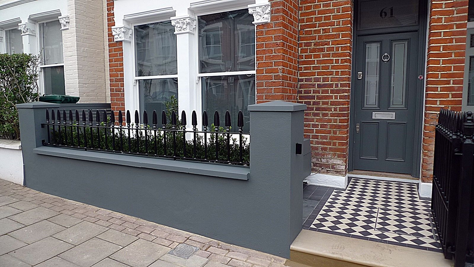 10 Front Garden Wall Ideas Most Of The Elegant And Stunning Victorian Front Garden Front Garden Design Front Garden