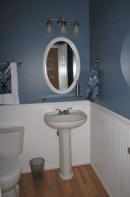 Delicieux Half Bath Pedestal Sink, Beadboard, Wood Floors