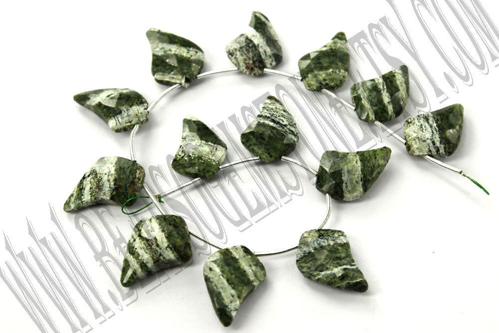 Green Zebra Jasper Faceted Dagger (Quality AA) / 10x13 to 13x18 mm / 12 to 14 Grms / 18 cm / GREE-016 by beadsogemstone on Etsy