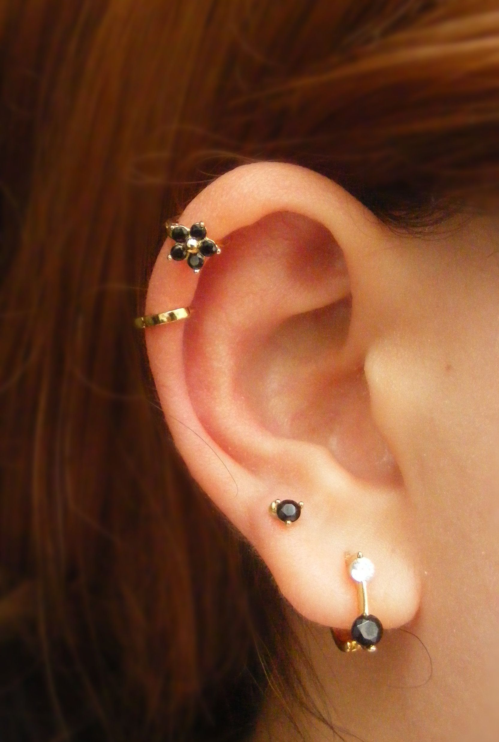 Tragus Flower Top Ear Piercing Daith Cartilage Hoop Dainty
