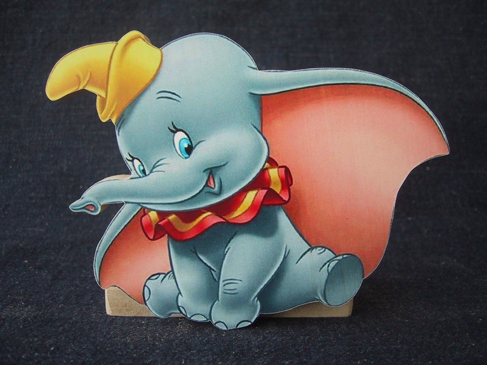 Free Printable Pictures Of Dumbo The Elephant Imagens