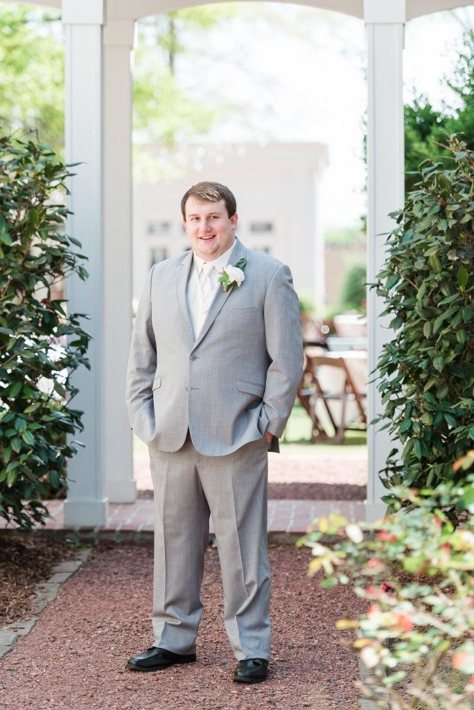 Becky's Brides | Real Wedding Series | Eric and Jamie Photography | Southern Plantation Wedding | Blog