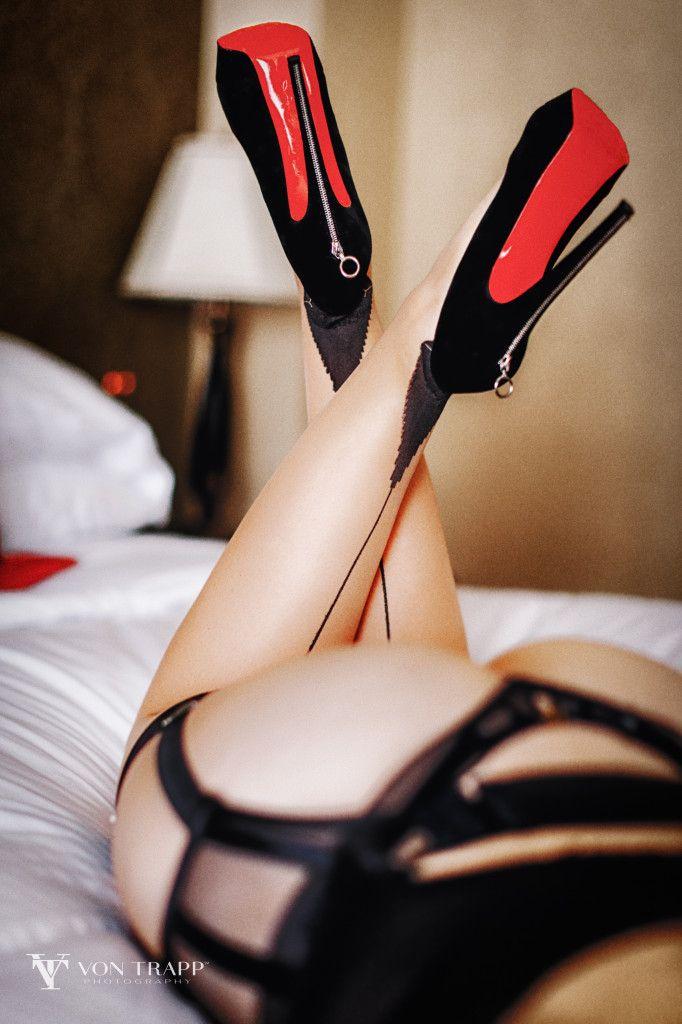Tasteful sexy photos