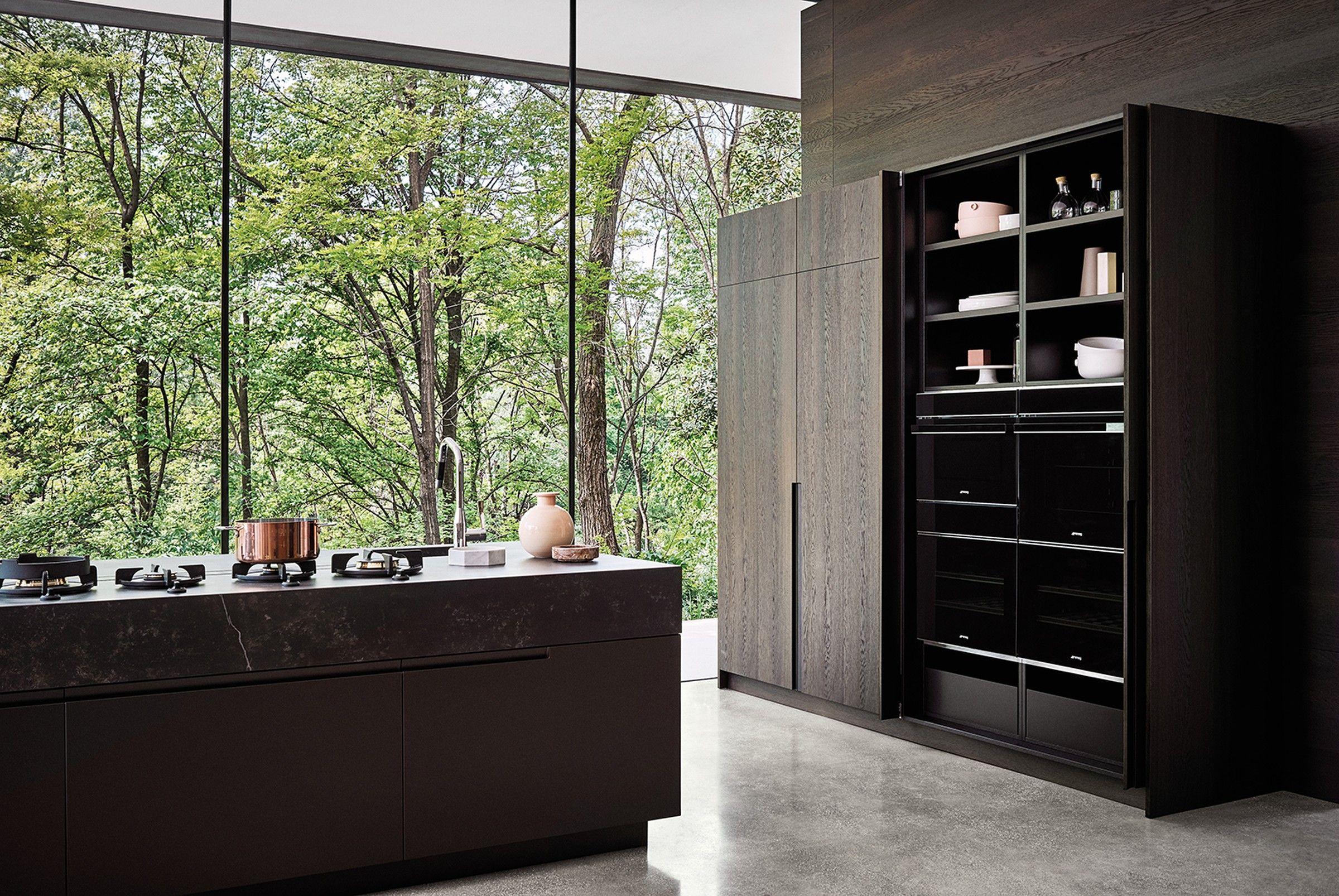Maxima kitchen in matt titanium lacquer and oak cesar nyc