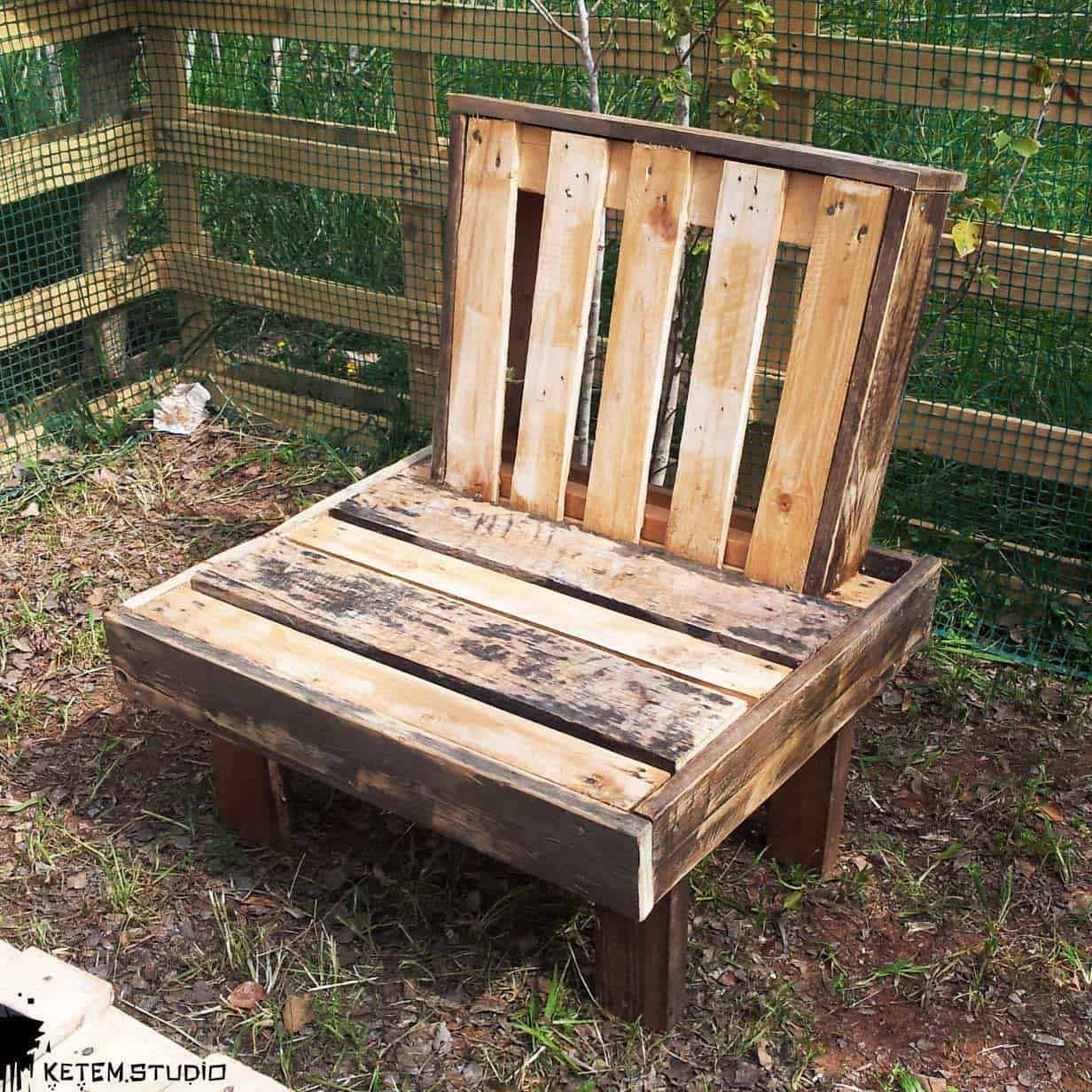 The Boss Garden Chair by Ketem Studio • 10 Pallets  Pallet