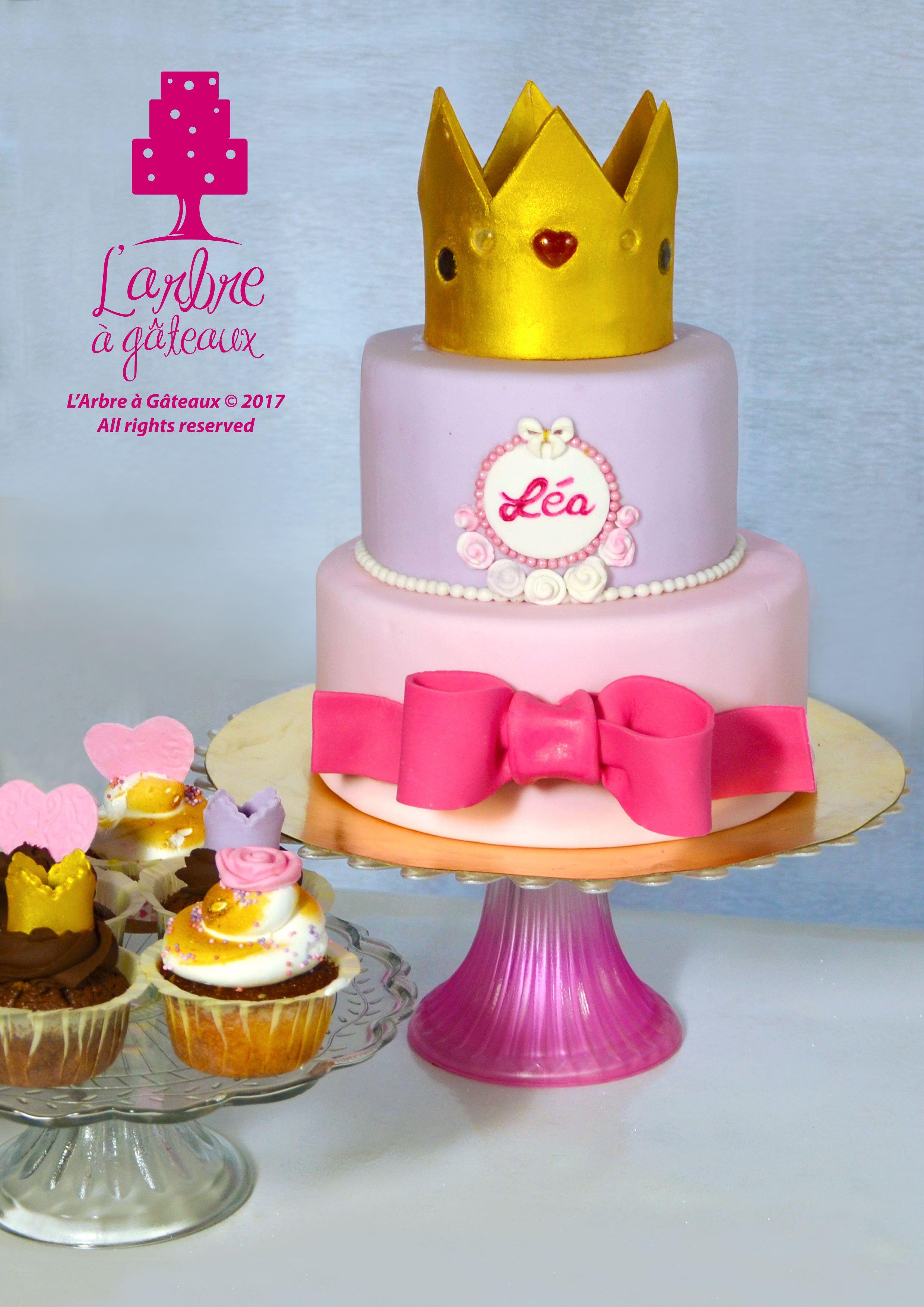 Princess wedding cake and cupcakes | L'Arbre à Gâteaux ...