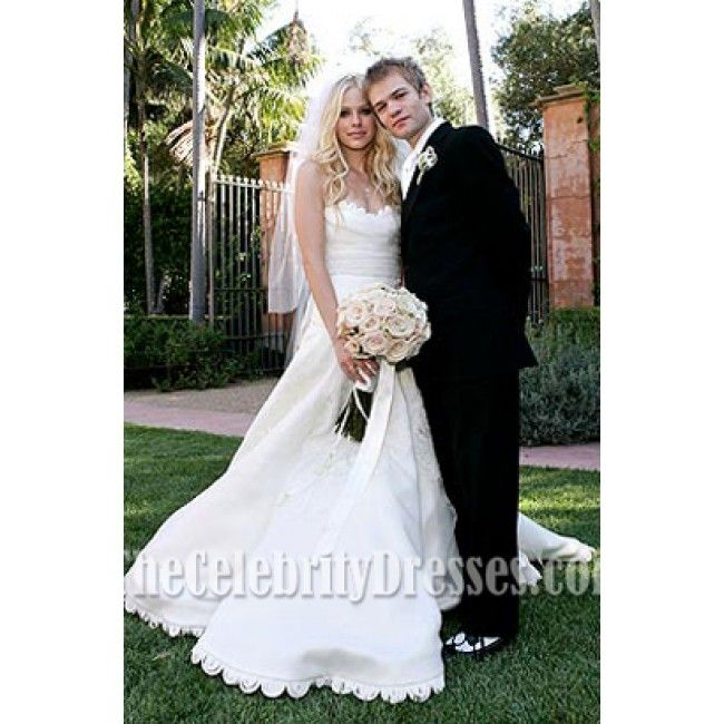 Avril Lavigne and Deryck Whibley Wedding I love her dress Bridal ...