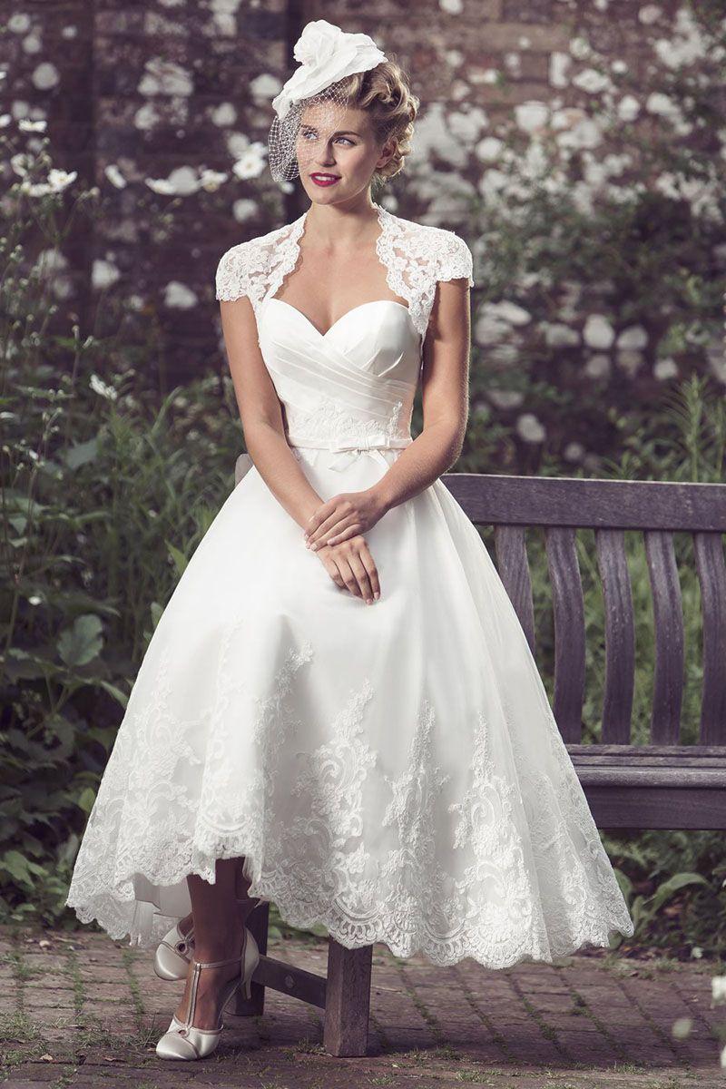 Vintage inspired tea length strapless sweetheart lace for Sweetheart tea length wedding dress