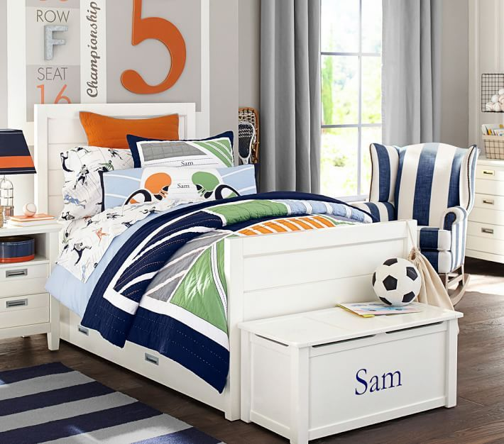 Brady Sports Quilt Kids Sports Bedroom Sport Bedroom Colorful Kids Room