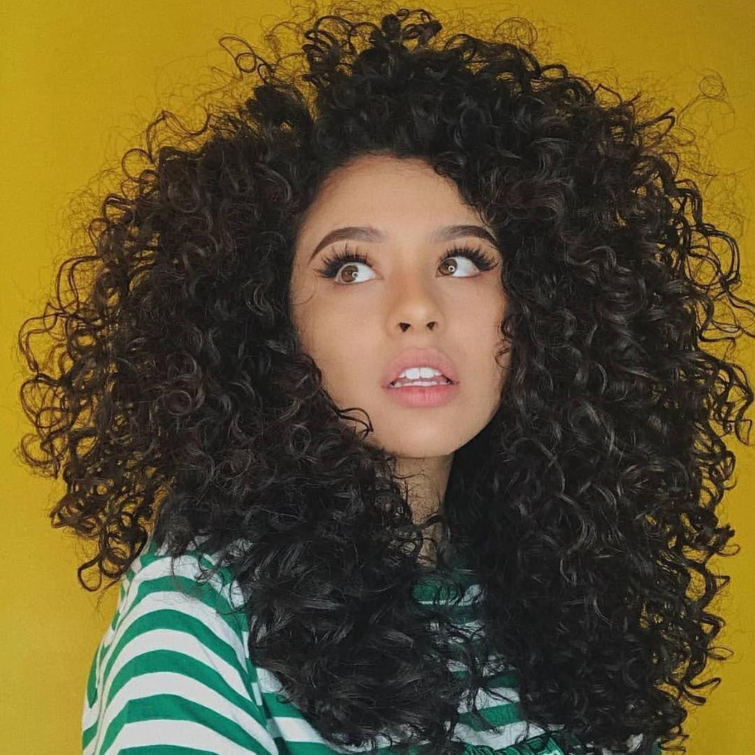 50 Wild Curly Hair Instagram Headlines Hairstyles Hairstyles For Medium Length Hair Hairstyles Curly Hair Styles Naturally Curly Hair Styles Long Curly Hair