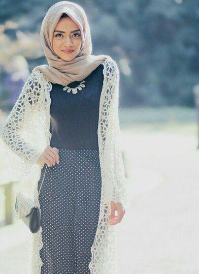 25+ Fashion Hijab Kekinian untuk Wanita Remaja Terbaru ...