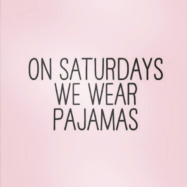 💕💕 Saturday morning, wear pjs, drink coffee and read books?? ☕️📚☕️📚☕️📚 #cazinc #chillout #relax #saturday #saturdaymorning #pyjamas