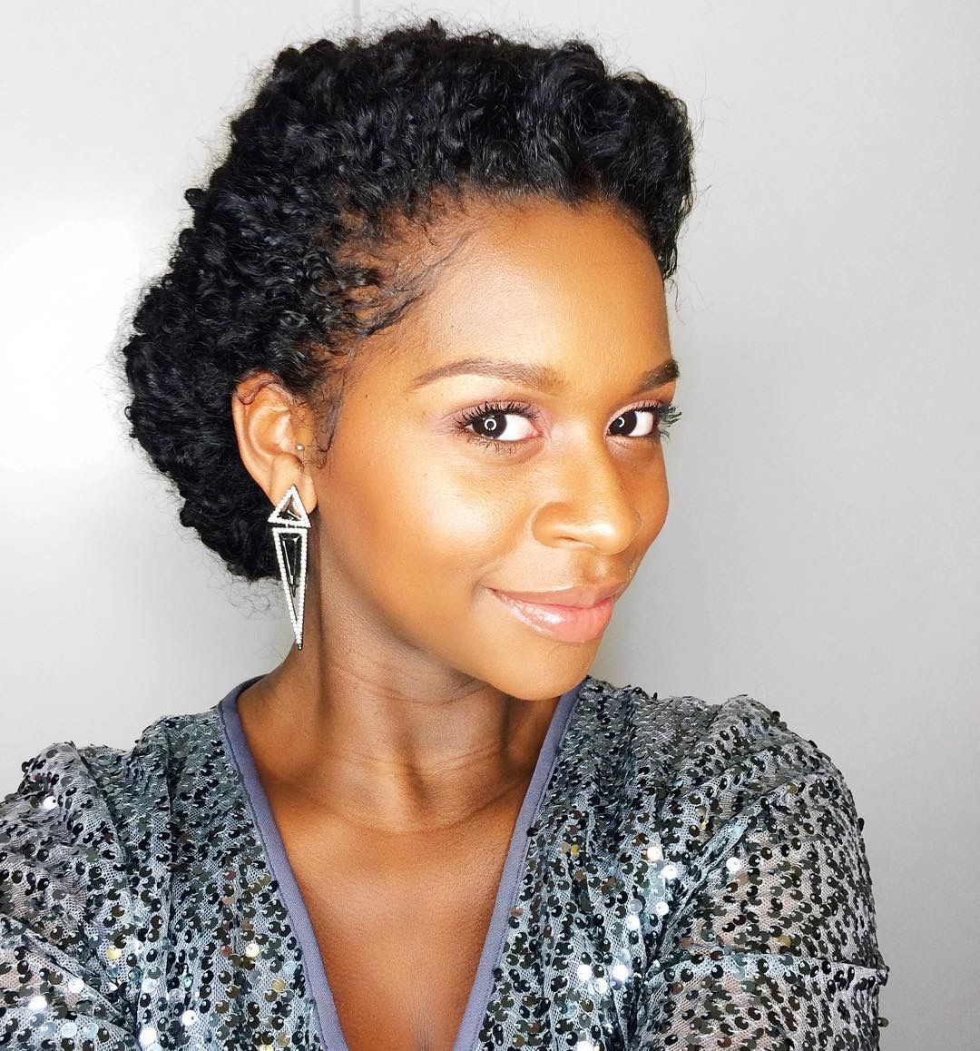 Mahoganycurls. Love this protective hairstyle.  ...