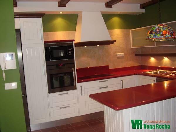 Cocina en U color blanco | Cocinas a medida | Pinterest | Las palmas ...