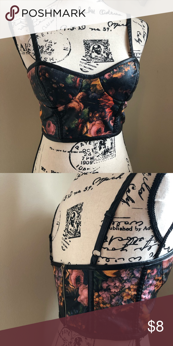 Faux leather floral crop S small Zips all the way up the