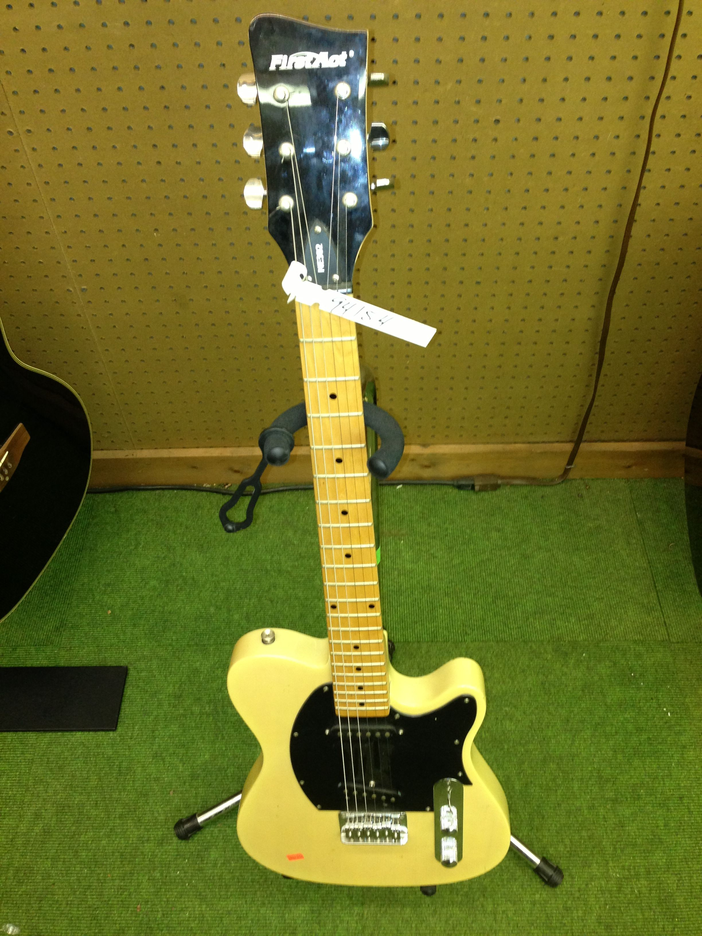 $69.95 First Act Model ME302 Electric Guitar