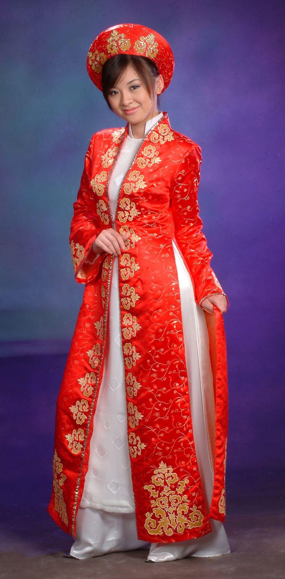 Vietnam Vietnamese wedding dress, Wedding dresses for