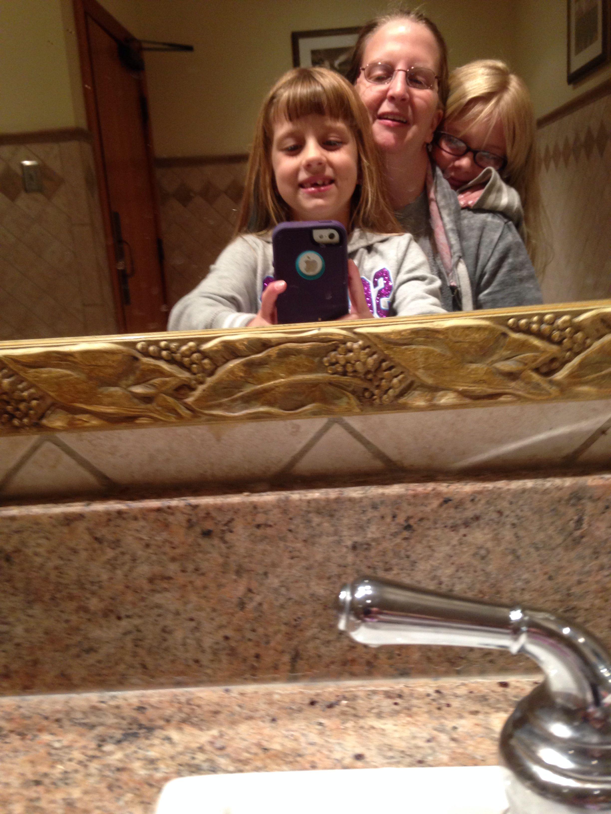 Olive Garden 5/14 | Bathroom Selfies | Pinterest | Olive gardens