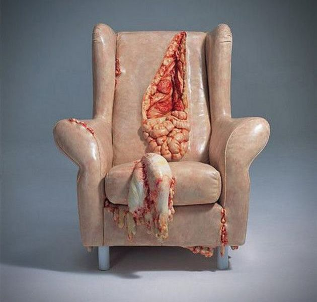 Zombie-Guts-Leather-Chair-1.jpg 630×600 pixels  Gots to get me one of these!