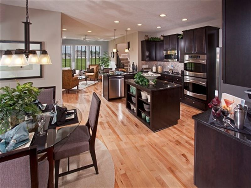 Ryland westchester kitchen open to the great room and morning room makes connecting with for Kitchen morning room designs