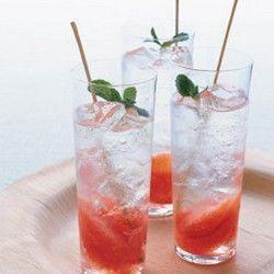 Grapefruit and Mint Mojito