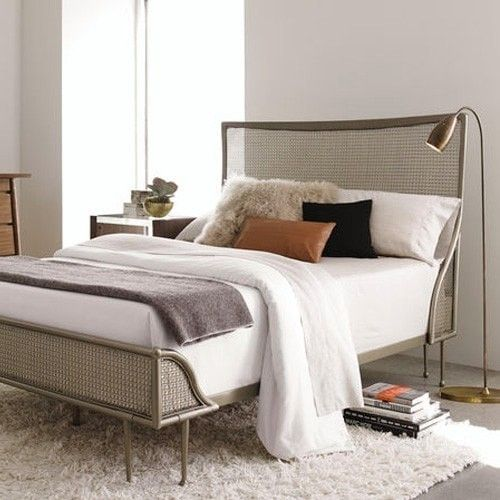 A signature design for the Craftsman collection, the Studio bed promises to bring a fresh aesthetic to any bedroom. A stunning, thin basket weave frame of contrasting Silver and Gold metal create a dynamic and unique silhouette. Not to be missed are the distinctive round metal legs that lend sculptural appeal. The Studio bed is a great foundation piece that will mix effortlessly with a variety of styles and finishes.    Material: Metal
