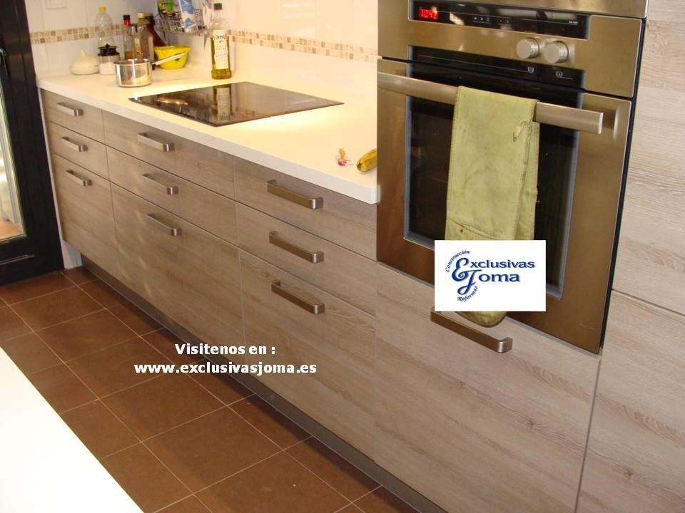 Muebles de cocina en color madera roble imperial y - Encimeras cocina madera ...