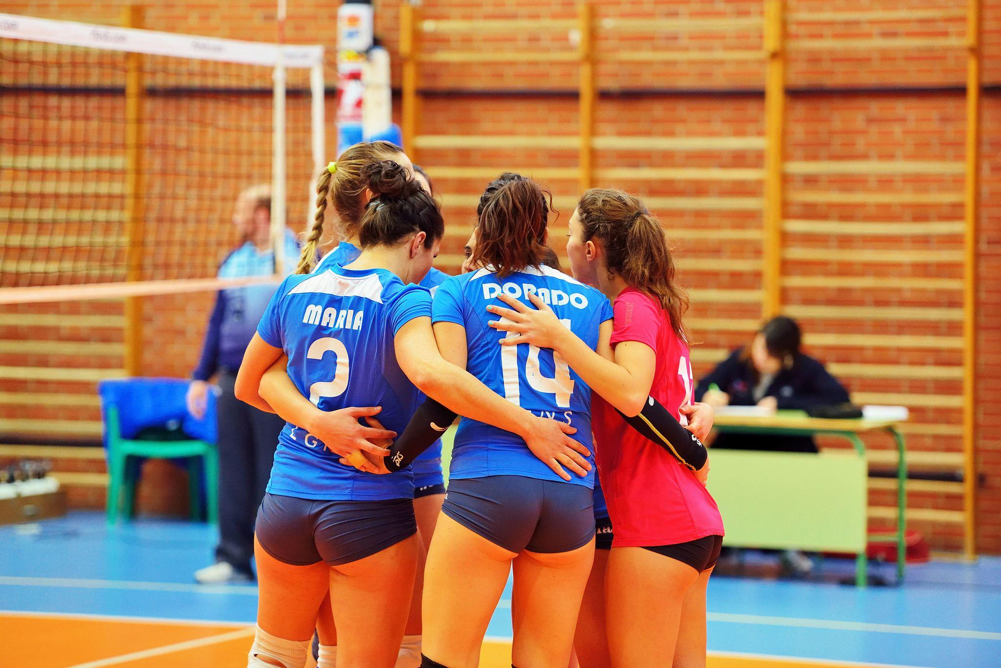 Pin By Fereydoun Rostam On Spor In 2020 Korean Girl Fashion Volleyball Players Athlete