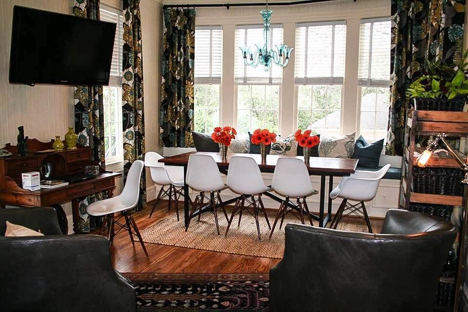 Mod Dining Area In Historic Augusta, GA Home #DesignImagesAugusta # InteriorDesign #AugsutaGA