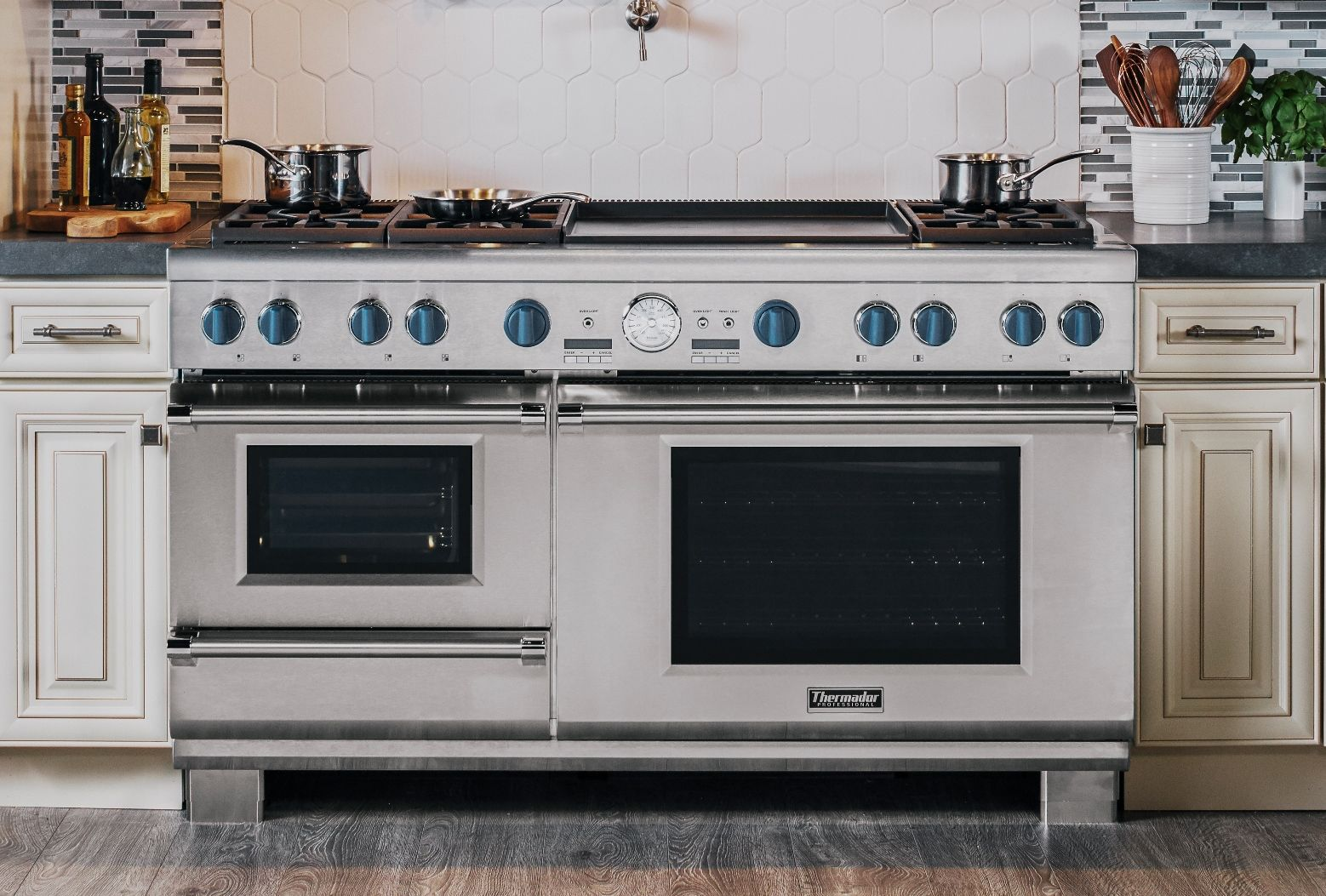 Healthy cooking with the 60 Pro Grand Steam Range by
