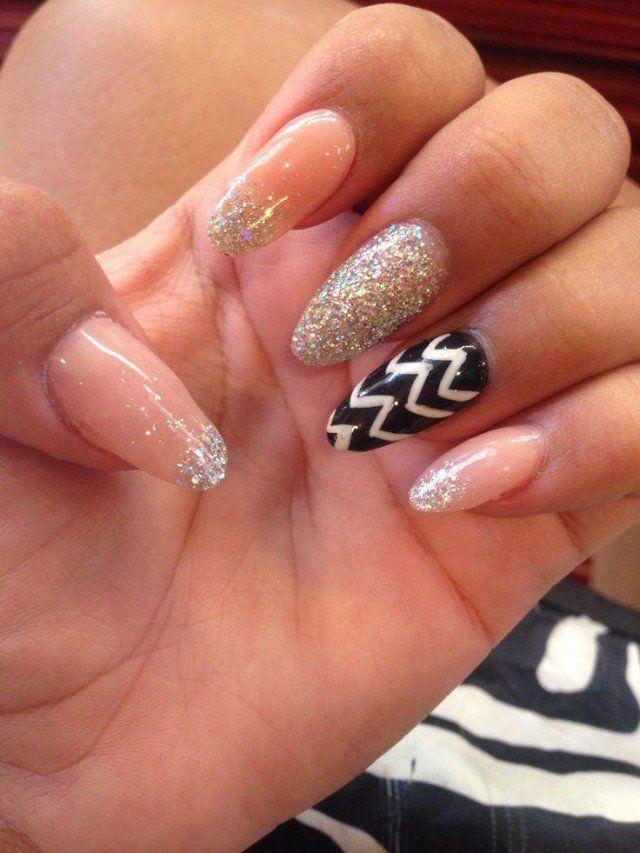 Pointy Nail Art Designs - http://www.mycutenails.xyz/pointy-nail-art ...