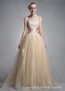Affordable Customised Lace & Vintage Wedding Dresses ...