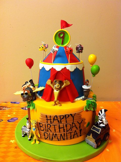 Madagascar 3 Birthday Cake