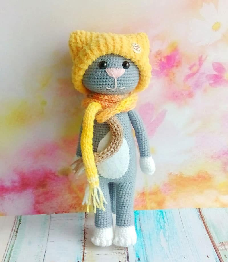 Free Crochet Cat Pattern With Accessories Crocheted And Stuffed