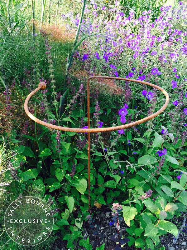 3 x wrought iron circular plant supports d co jardin. Black Bedroom Furniture Sets. Home Design Ideas